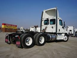 2012 FREIGHTLINER CASCADIA TANDEM AXLE DAYCAB FOR SALE #8865