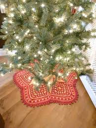 Ravelry Christmas Tree Skirt Pattern By Kara Gunza