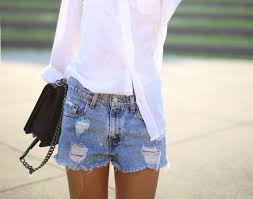 summer idea how to style jean shorts glamour