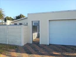 100 This Warm House 3 Bedroom For Sale In Ottery REMAX Of Southern Africa