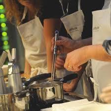 cuisine attitude cyril lignac cours de cuisine apprendre la pâtisserie à l atelier cuisine