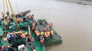 Cruise Ship Sinking 2015 by Chinese Yangtze Cruise Ship Rescuers Cut Into Hull Cnn