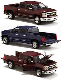 100 Chevy Truck 2014 Silverado Toy 124 Scale Diecast SMall