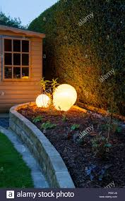 100 Contemporary Summer House Corner Of Beautiful Landscaped Private Garden With Contemporary