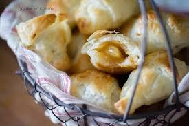 recette croissants pâte feuilletée fourrés pomme et caramel ou