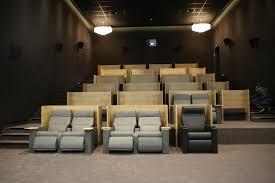 cinema fauteuil 2 places luc besson ouvre cinéma à 25 euros la place golem13