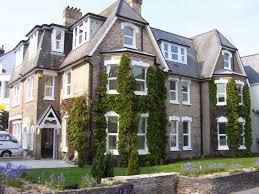 100 Westcliff Park Apartments BOURNECOAST CENTRAL LOCATED WEST CLIFF APARTMENT CLOSE TO BEACHES BIC FM1703 Bournemouth City Centre