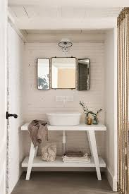 Shabby Chic Bathroom Vanity by Old But Cool Vintage Furniture Ideas The Best Choices For Cool
