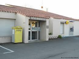 les bureaux de poste le bureau de poste d olonne fermé pour raisons sanitaires actu fr