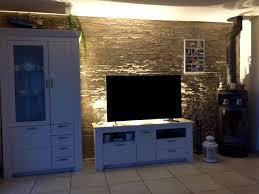 wohnzimmer wand stein mit beleuchtung wandgestaltung