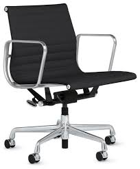 Eames Style Soft Pad Management Chair by Eames Aluminum Management Chair With Pneumatic Lift Eames Soft Pad