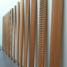 tate museum of modern wooden sculpture at