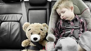 siege auto enfant obligatoire banc d essai les rehausseurs auto les mieux sécurisés