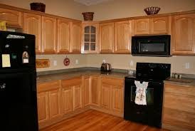 paint color for kitchen with light oak cabinets light paint with