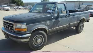 100 1992 Ford Truck F250 XLT Pickup Truck Item D4115 SOLD June 13