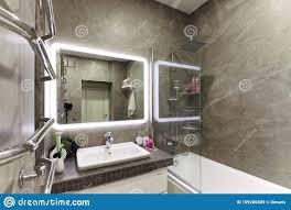 russland moskau 08 03 2019 das badezimmer in grauen