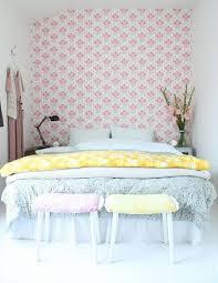 kleines schlafzimmer bett kopfteil selber machen tapeten