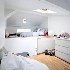 installer une dans une chambre installer une chambre sous les toits 9 photos pour aménager une