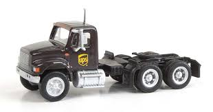 Walthers HO Scale International 4900 Dual-Axle Semi Tractor UPS ...
