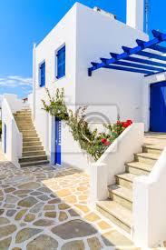 fototapete typische wohnungen im griechischen stil in der stadt naoussa