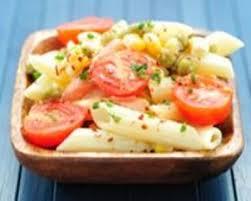 recette salade de pâtes au maïs et aux tomates