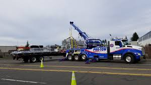 100 Crosby Trucking Cargo Reloading ProTow 24 Hr Towing