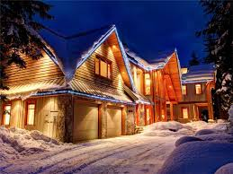 100 Whistler Tree House Cedar Chalet 5 Min To Base Private Hot Tub Concierge Service