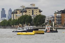 Tug Boat Sinks by Body Found After Tugboat Sinks In The Thames London Evening Standard