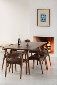 12 Best Modern Dining Tables
