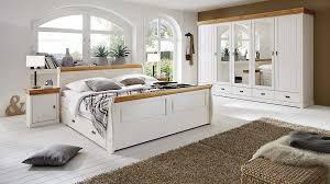 3s frankenmöbel schlafzimmer im nordischen landhaus stil mit kleiderschrank weißes honigfarbenes kiefernholz vierteilig