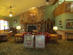 Machine Shed Northwest Boulevard Davenport Ia by Hotels And Motels Near Iowa Machine Shed Restaurant 7250