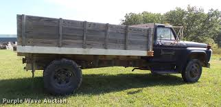 1976 Ford F600 Flatbed Truck | Item DT9982 | SOLD! November ... Cab To Axle Body Length Chart Denmimpulsarco Trailer Sale In Ghana Suppliers And The Images Collection Of Sales Service U Leasing Eby Flatbed Truck Delta Flatbed Diagram House Wiring Symbols Water Truck Build Walk Around Ford Ranger Youtube Semi Dimeions Company Quality S Side Dump Grain Drop Deck Tommy Gate Liftgates For Flatbeds Box Trucks What Know Our Fleet 1981 Chevrolet C30 Custom Deluxe Pickup Item Rgn For Light Switch Stylish Sizes Tractor