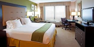 Atlantic Bedding And Furniture Jacksonville Fl by Holiday Inn Express U0026 Suites Jacksonville Mayport Beach Hotel