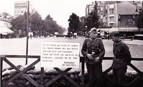 poste porte d italie the world s best photos of 1944 and occupation flickr hive mind