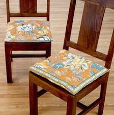 Our T Back Chairs Could Really Use Some Cute Tie On Cushions Like This Dining Room