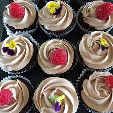 South Lodge Hotel Spa On Twitter Today Its All About Cupcakes In Our Drawing Room Chocolate Fudge Orange And Blueberry Ginger