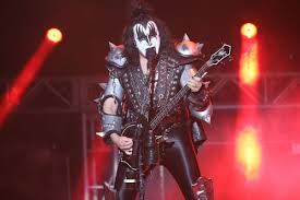 Pop Culture: Recapping KISS Concert -- And The Band's History In ...