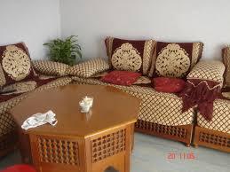canapé arabe couleur pour un salon marocain page 1