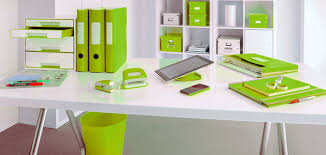 bureau de tendances idée déco au bureau misez sur l harmonie des couleurs j aime