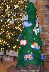 Christmas Tree Books For Preschoolers by 337 Best Advent Christmas Ideas For Kids Images On Pinterest