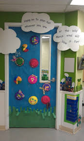 Christmas Classroom Door Decorations On Pinterest by My Friends And I Decorated This Door For Our Kids Classroom The