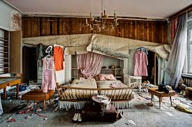 Smashing Pics Also An Abandoned Farmhouse Where Bed Is Still And