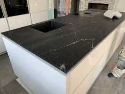 granit küchenarbeitsplatte individuell gefertigt bäumler