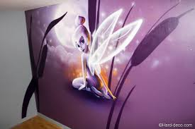 chambre fee clochette décor mural de chambre sur le thème de la fée clochette