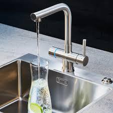 heisswasserarmaturen