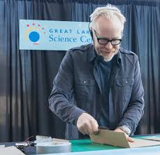Mythbusters Christmas Tree by Mythbusters U0027 Adam Savage Marvels At Cleveland U0027s Maker Enthusiasts