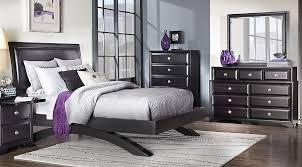 Rooms To Go Queen Bedroom Sets by Belcourt Black 5 Pc Queen Platform Bedroom Queen Bedroom Sets Black
