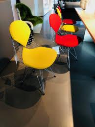 4 esszimmerstühle wire chair dkr 2 vitra