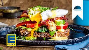eggs benedict rezept pochiertes ei mit avocado bacon sauce hollandaise edeka