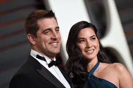 Halloween Wars 2015 New Host by See Olivia Munn And Aaron Rodgers Play Star Wars Dress Up Time Com